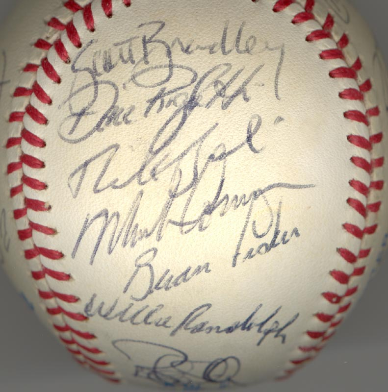 Image 5 for The New York Yankees - Autographed Signed Baseball Circa 1985 with co-signers - HFSID 100440