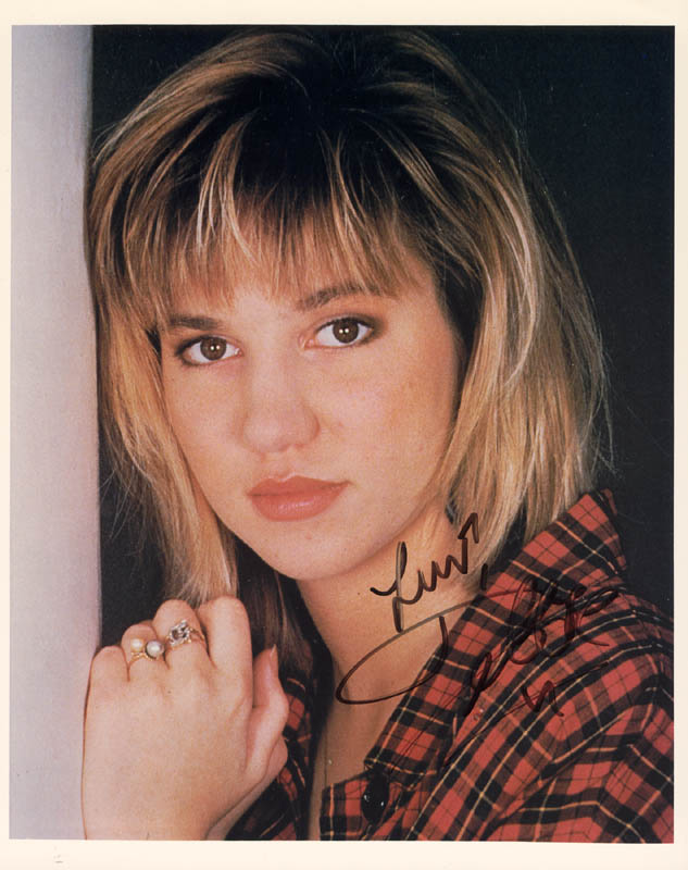 Image 1 for Deborah 'Debbie' Gibson - Autographed Signed Photograph - HFSID 101065