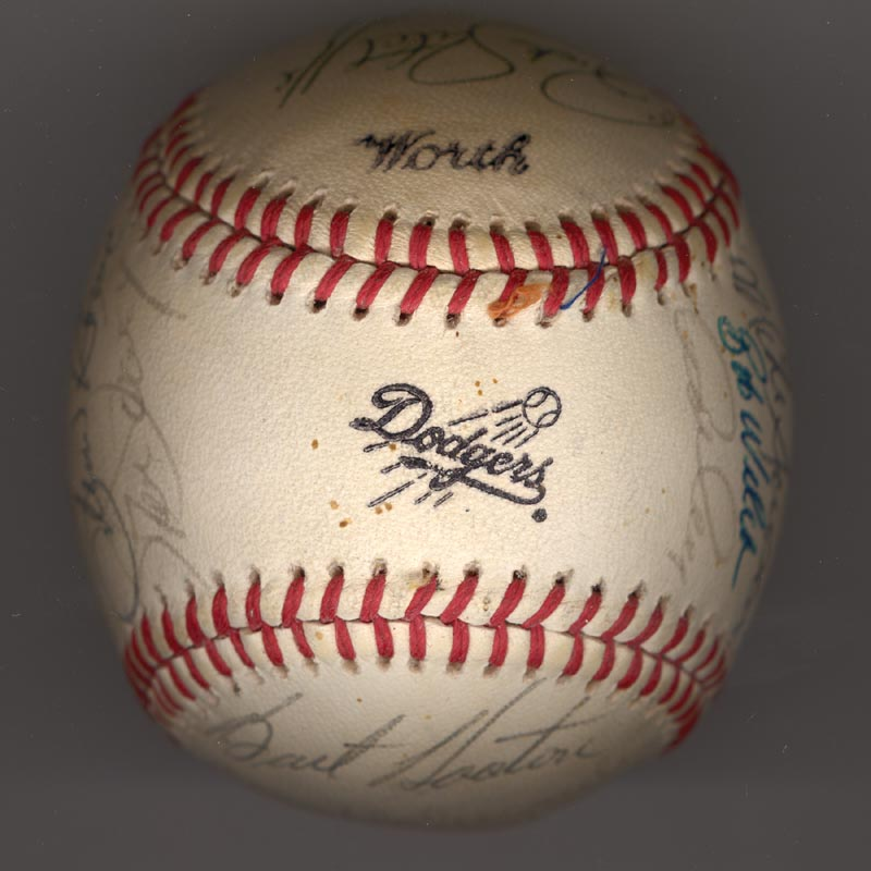 Image 1 for The Los Angeles Dodgers - Autographed Signed Baseball Circa 1981 with co-signers - HFSID 102135
