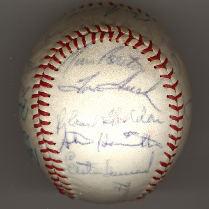 Image 3 for The New York Yankees - Autographed Signed Baseball Circa 1964 with co-signers - HFSID 102550