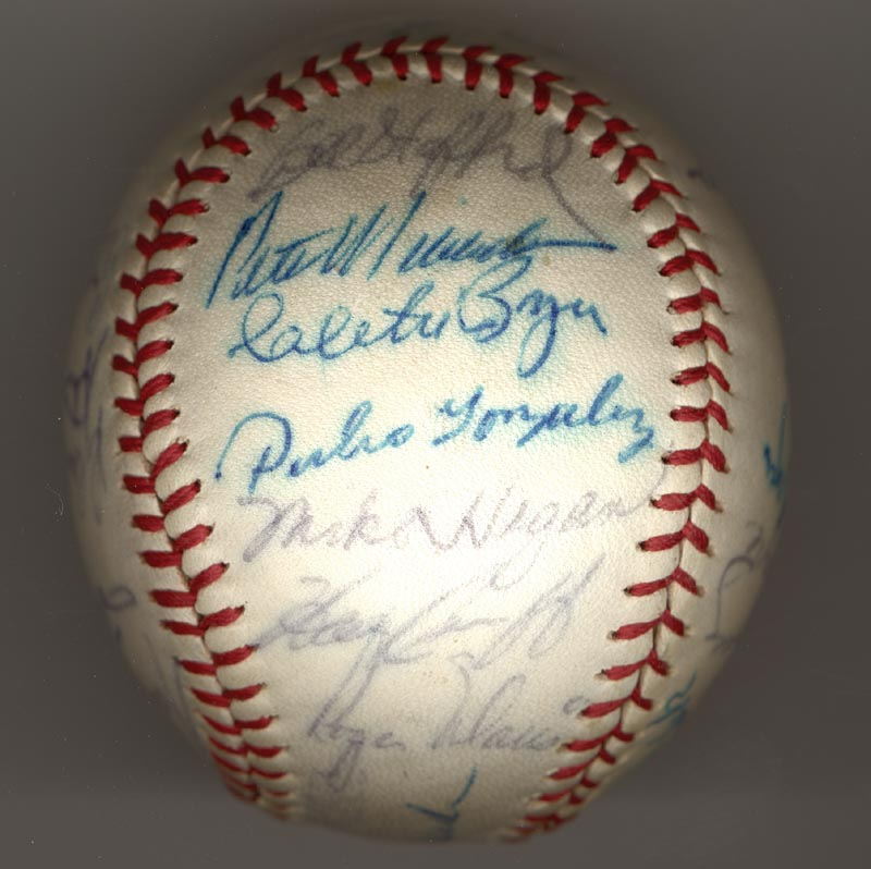 Image 5 for The New York Yankees - Autographed Signed Baseball Circa 1964 with co-signers - HFSID 102550