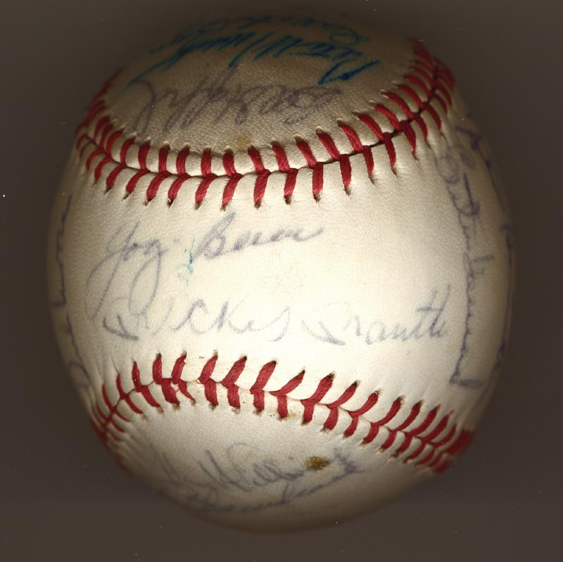 Image 7 for The New York Yankees - Autographed Signed Baseball Circa 1964 with co-signers - HFSID 102550