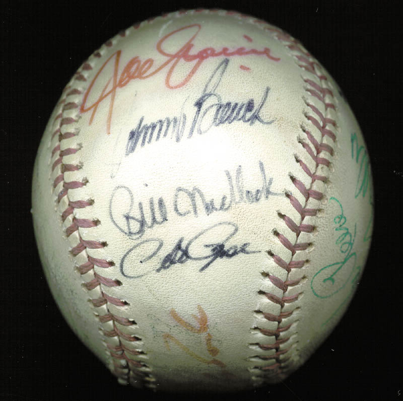 Image 6 for Thurman Munson - Autographed Signed Baseball with co-signers - HFSID 124848