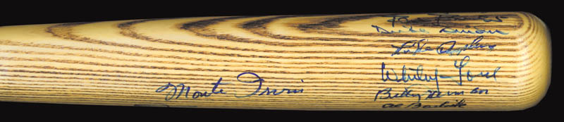Image 3 for Willie 'Say Hey Kid' Mays - Baseball Bat Signed with co-signers - HFSID 136169