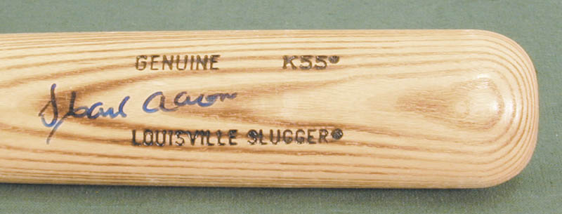 Image 3 for Hank Aaron - Baseball Bat Signed - HFSID 137052