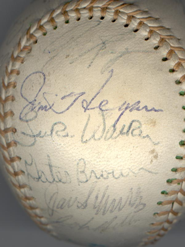 Image 4 for The Detroit Tigers - Autographed Signed Baseball with co-signers - HFSID 137256