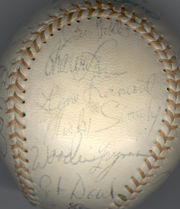 Image 6 for The Detroit Tigers - Autographed Signed Baseball with co-signers - HFSID 137256