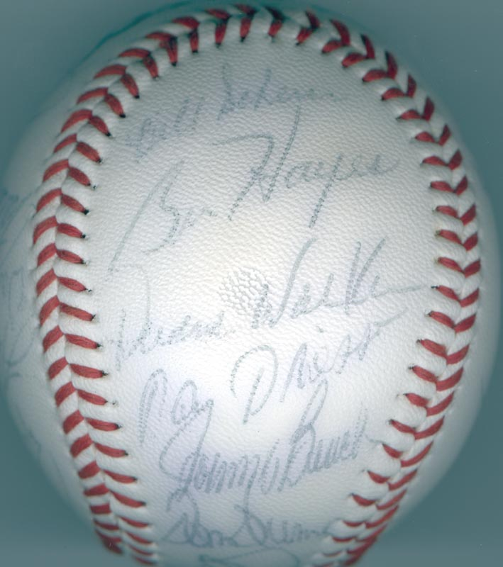 Image 4 for Cincinnati Reds - Autographed Signed Baseball with co-signers - HFSID 137367