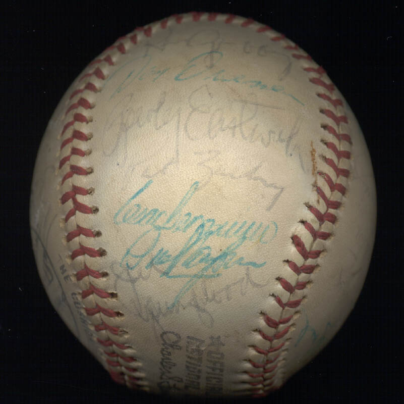 Image 6 for Cincinnati Reds - Autographed Signed Baseball with co-signers - HFSID 147237