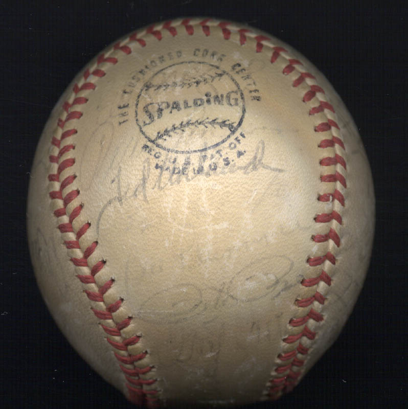 Image 4 for Cincinnati Reds - Autographed Signed Baseball with co-signers - HFSID 147330
