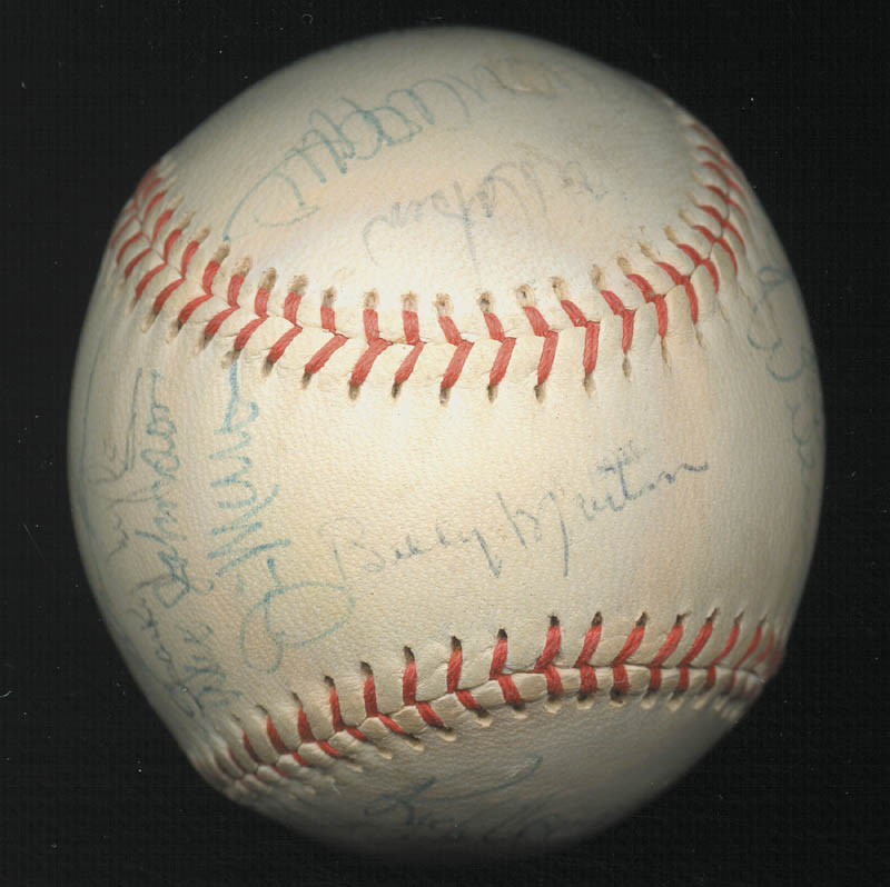 Image 1 for The New York Yankees - Autographed Signed Baseball Circa 1975 with co-signers - HFSID 147727