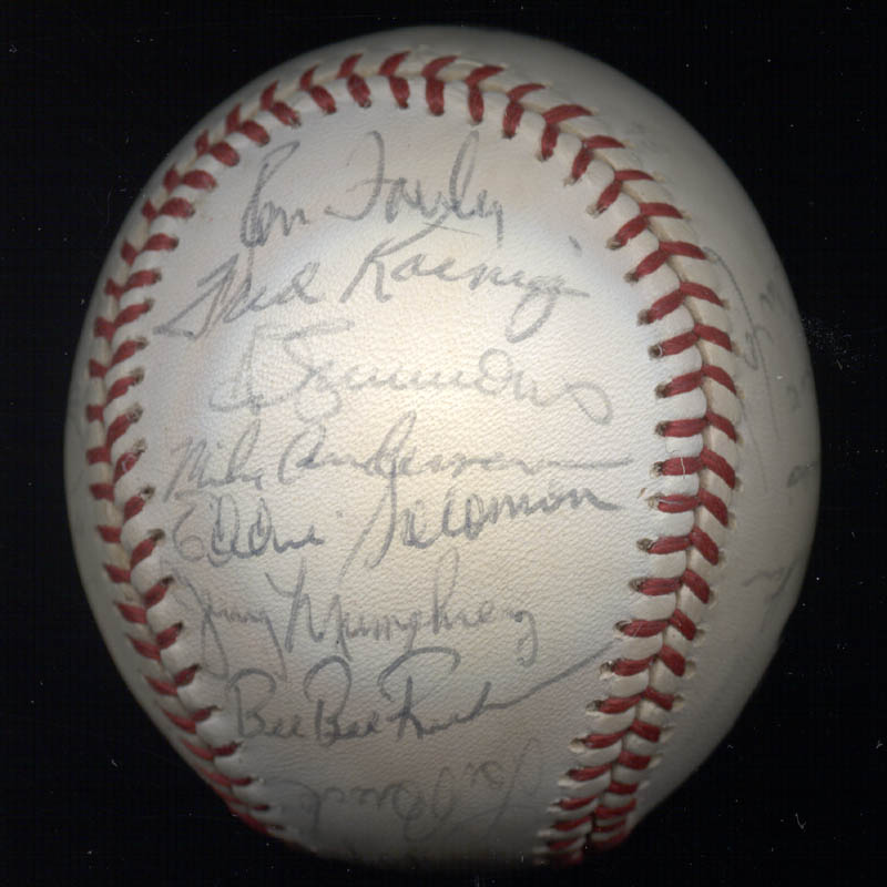 Image 5 for The St. Louis Cardinals - Autographed Signed Baseball with co-signers - HFSID 147728