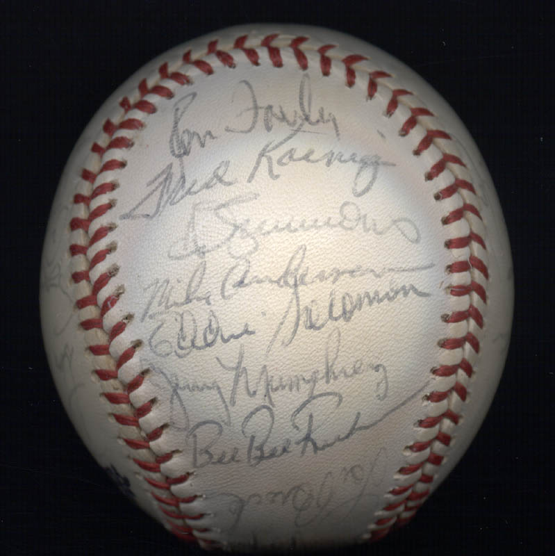 Image 6 for The St. Louis Cardinals - Autographed Signed Baseball with co-signers - HFSID 147728