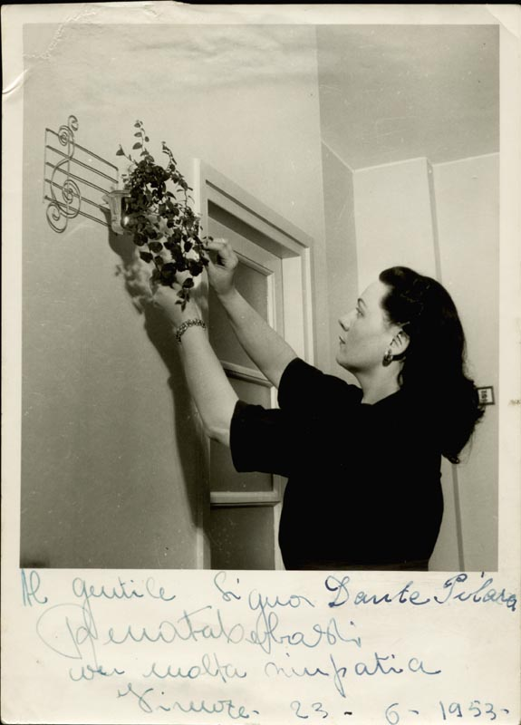 Image 1 for Renata Tebaldi - Autographed Inscribed Photograph 06/23/1953 - HFSID 152676