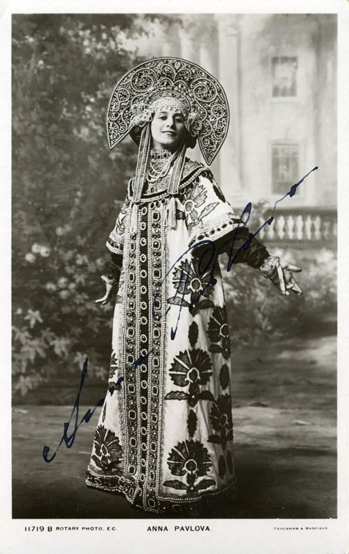 Image 1 for Anna Pavlova - Picture Post Card Signed - HFSID 156263