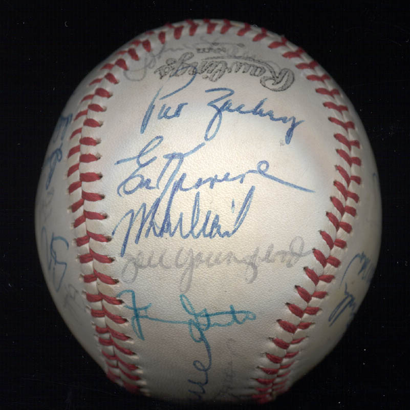 Image 3 for The New York Mets - Autographed Signed Baseball Circa 1977 with co-signers - HFSID 156947