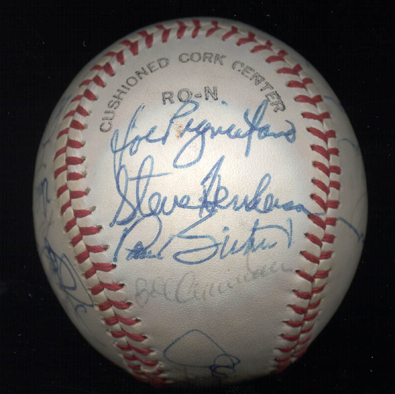 Image 4 for The New York Mets - Autographed Signed Baseball Circa 1977 with co-signers - HFSID 156947