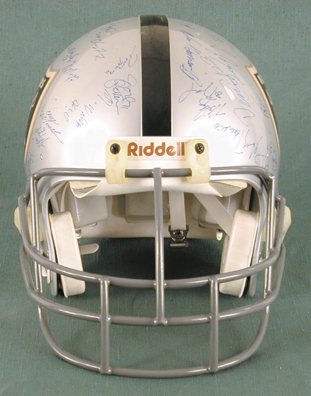Image 4 for The Los Angeles Raiders - Football Helmet Signed Circa 1991 with co-signers - HFSID 158189