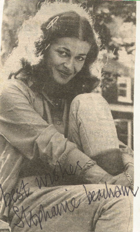 Image 1 for Stephanie Beacham - Newspaper Photograph Signed - HFSID 160530