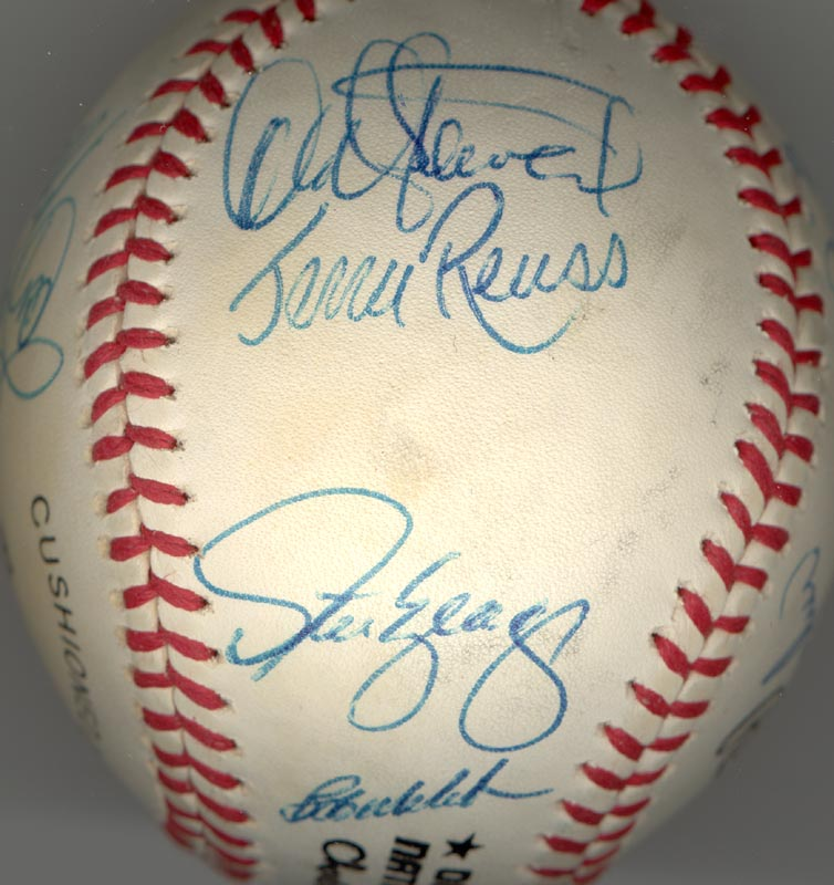 Image 5 for The Los Angeles Dodgers - Autographed Signed Baseball with co-signers - HFSID 164723