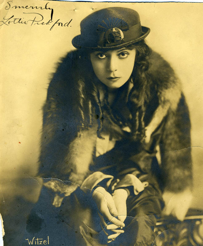 Image 1 for Lottie Pickford - Autographed Signed Photograph - HFSID 171572
