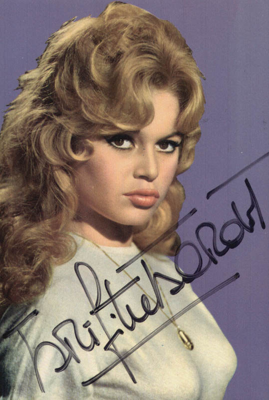 Image 1 for Brigitte Bardot - Picture Post Card Signed - HFSID 171963