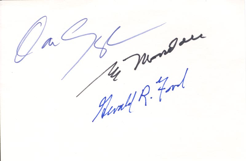 Image 1 for President Gerald R. Ford - Autograph co-signed by: Vice President Dan (James Danforth) Quayle, Vice President Walter F. Mondale - HFSID 179949
