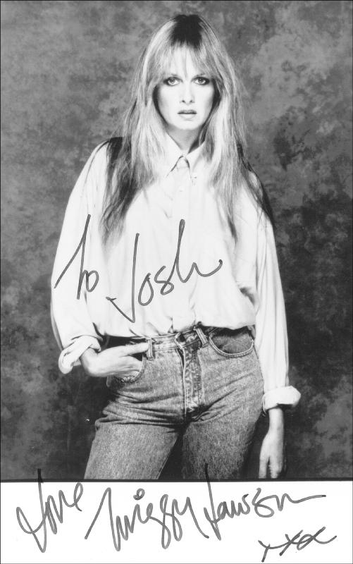 Image 1 for Twiggy - Autographed Inscribed Photograph - HFSID 202105