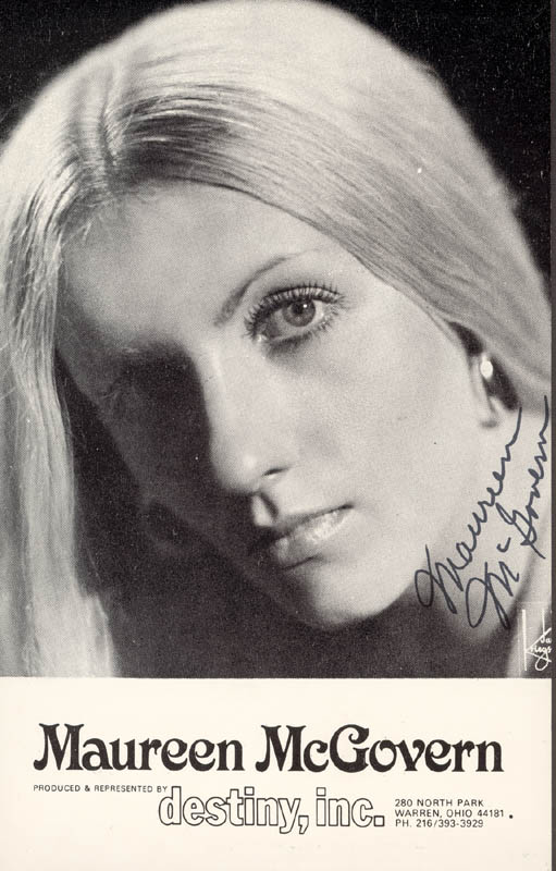Image 1 for Maureen Mcgovern - Printed Photograph Signed In Ink - HFSID 203252