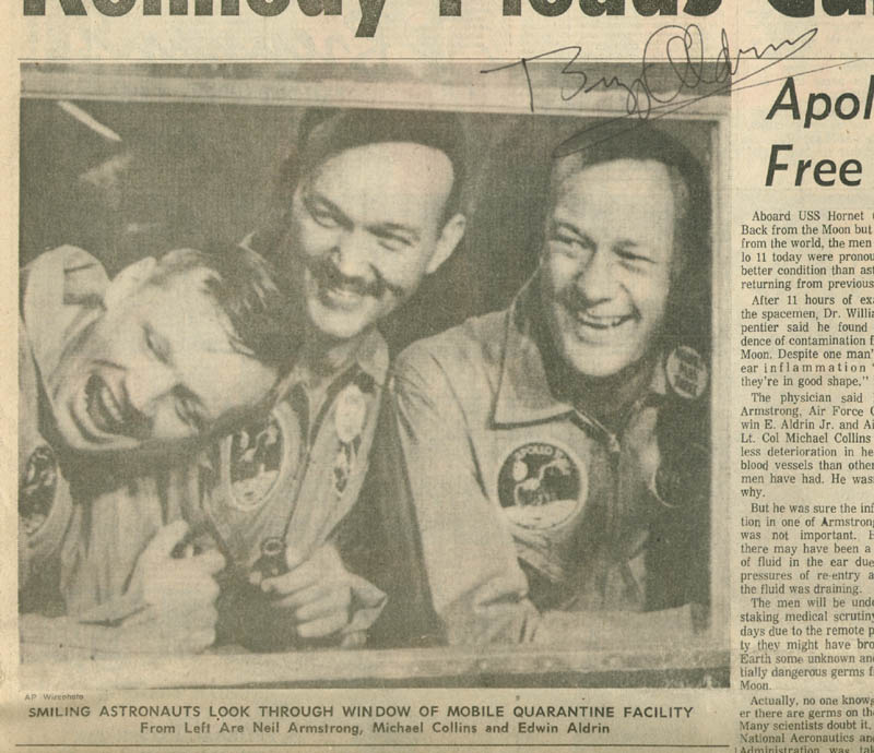Image 1 for Colonel Buzz Aldrin - Newspaper Photograph Signed Circa 1969 - HFSID 217390