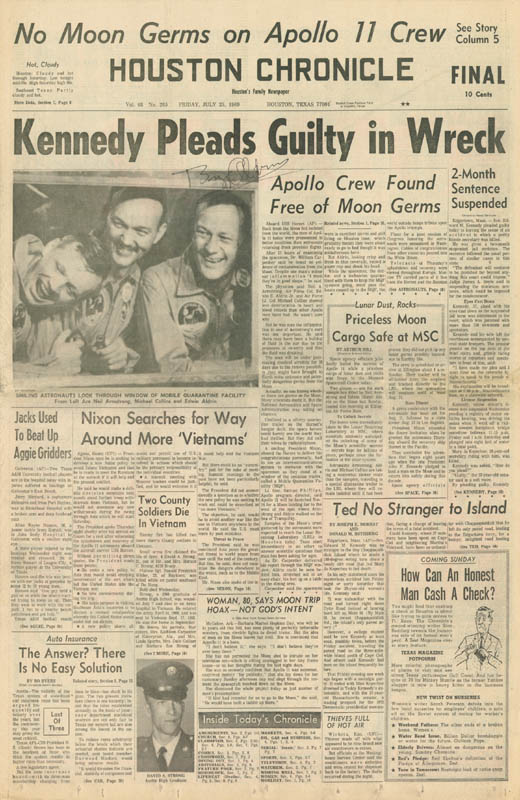 Image 3 for Colonel Buzz Aldrin - Newspaper Photograph Signed Circa 1969 - HFSID 217390
