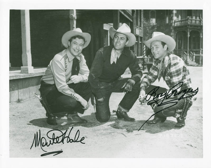 185bea5d924 ROY ROGERS - PHOTOGRAPH SIGNED CO-SIGNED BY  MONTE HALE - HFSID 217607