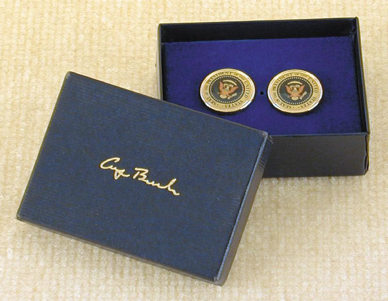 Image 3 for President George H.W. Bush - Cufflinks Unsigned - HFSID 217743