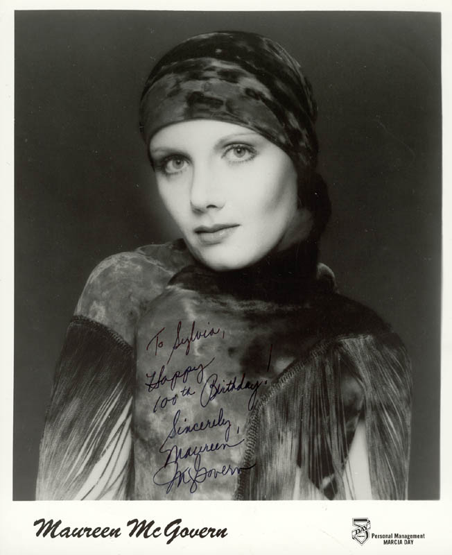 Image 1 for Maureen Mcgovern - Inscribed Printed Photograph Signed In Ink - HFSID 222523