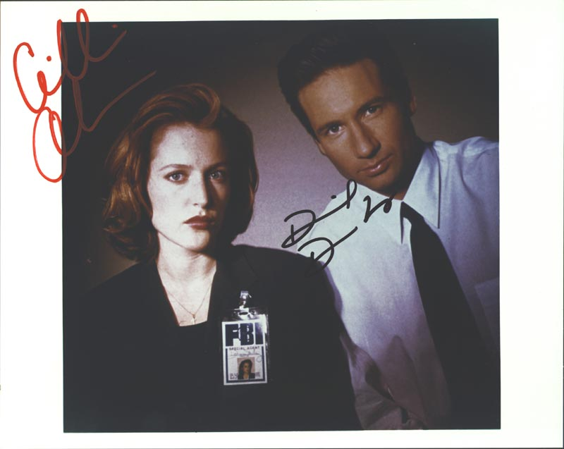 Image 1 for X Files T.V. Cast - Autographed Signed Photograph co-signed by: David Duchovny, Gillian Anderson - HFSID 256185