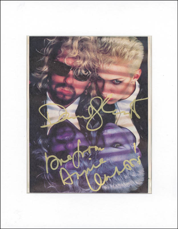 Image 1 for The Eurythmics - Magazine Photograph Signed co-signed by: The Eurythmics (Annie Lennox), The Eurythmics (David Stewart) - HFSID 265142