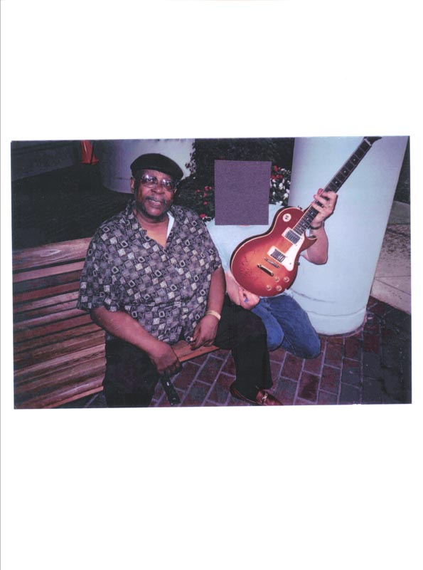Image 4 for B.B. King - Guitar Signed - HFSID 265233