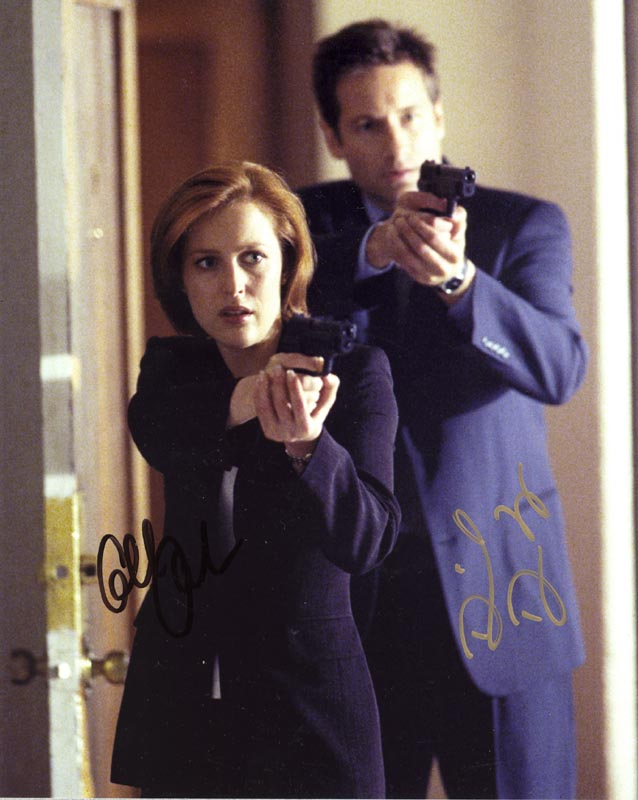 Image 1 for X Files T.V. Cast - Autographed Signed Photograph co-signed by: David Duchovny, Gillian Anderson - HFSID 268341