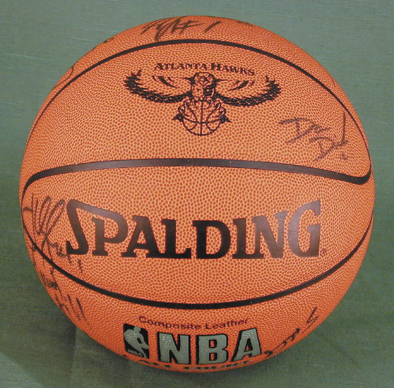 Image 1 for Atlanta Hawks - Basketball Signed Circa 2004 with co-signers - HFSID 270100