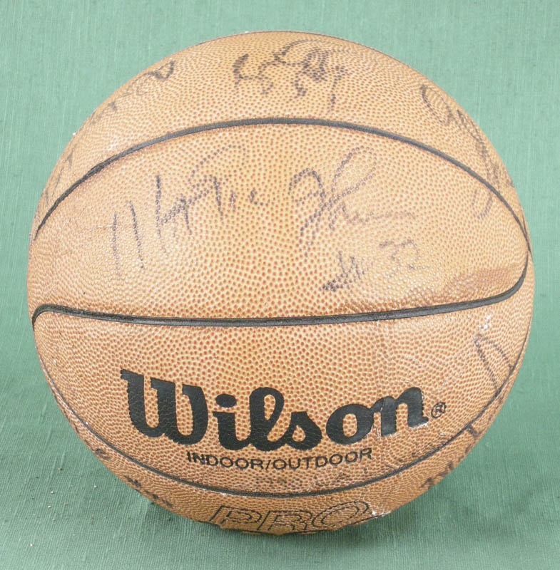 Image 5 for The Los Angeles Lakers - Basketball Signed with co-signers - HFSID 277134