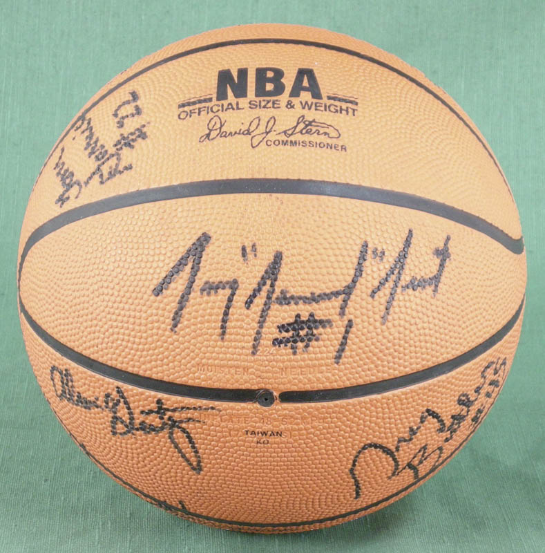 Image 3 for The Los Angeles Clippers - Basketball Signed Circa 1990 with co-signers - HFSID 277135