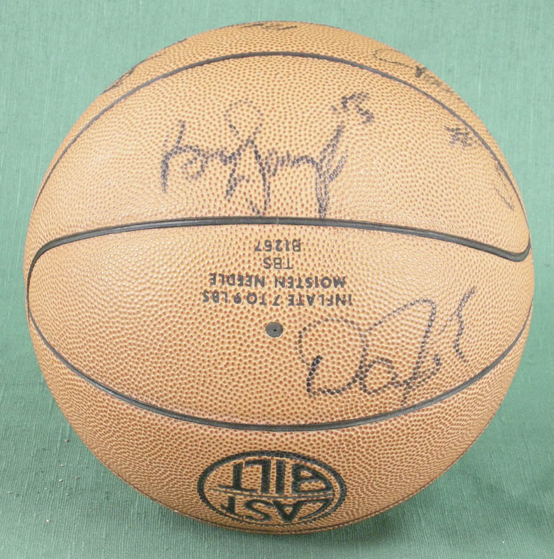 Image 4 for Bill Walton - Basketball Signed co-signed by: Dan Majerle, Danny Manning, David Benoit, Dana Barros - HFSID 277200