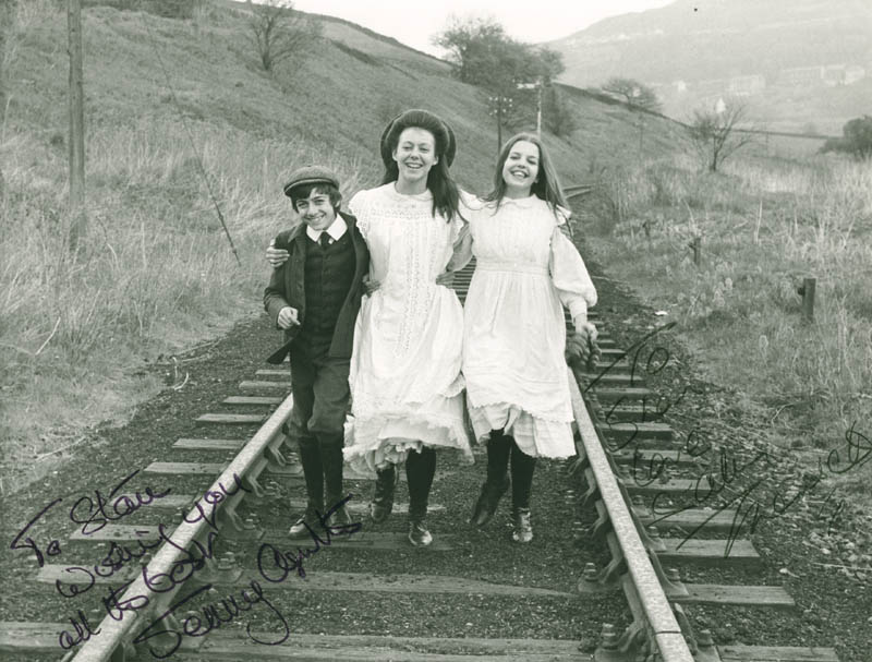 Image 1 for The Railway Children Movie Cast - Autographed Inscribed Photograph co-signed by: Jenny Agutter, Sally Thomsett - HFSID 278251
