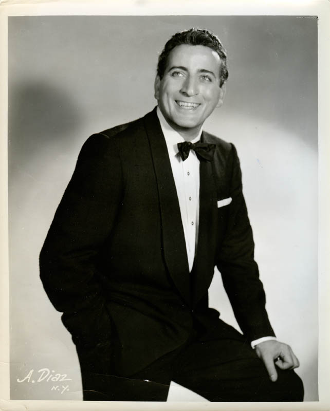 Image 1 for Tony Bennett - Photograph Unsigned - HFSID 279676
