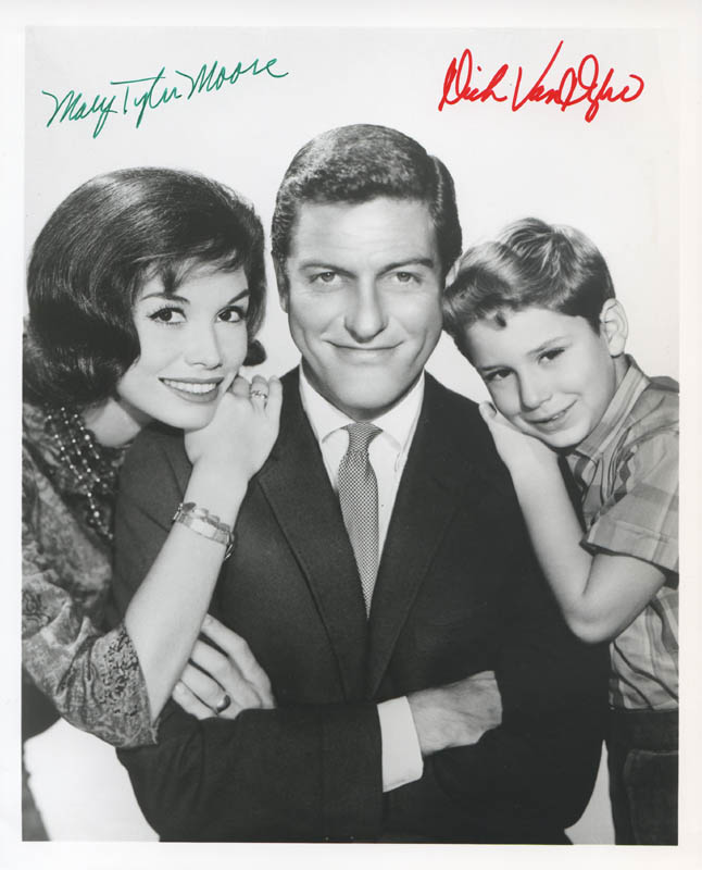 Image 1 for The Dick Van Dyke TV Cast - Autographed Signed Photograph co-signed by: Dick Van Dyke, Mary Tyler Moore - HFSID 280438