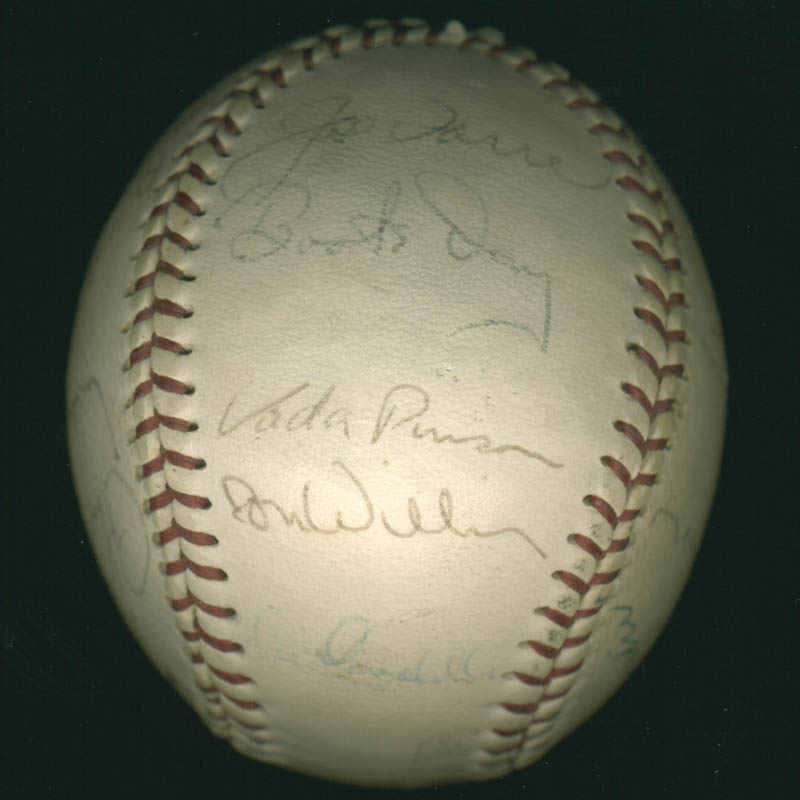 Image 5 for The St. Louis Cardinals - Autographed Signed Baseball with co-signers - HFSID 284366