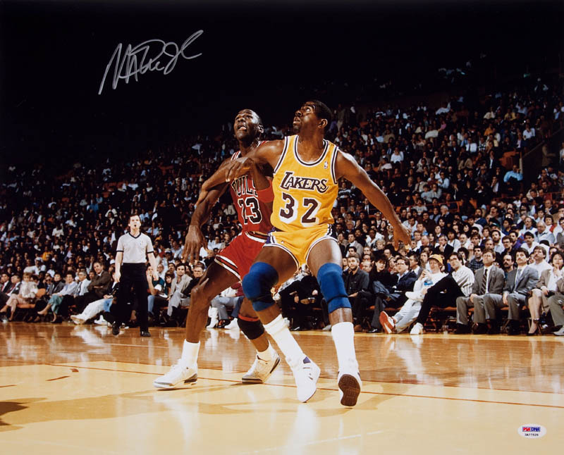 Image 1 for Earvin 'Magic' Johnson - Autographed Signed Photograph - HFSID 290219