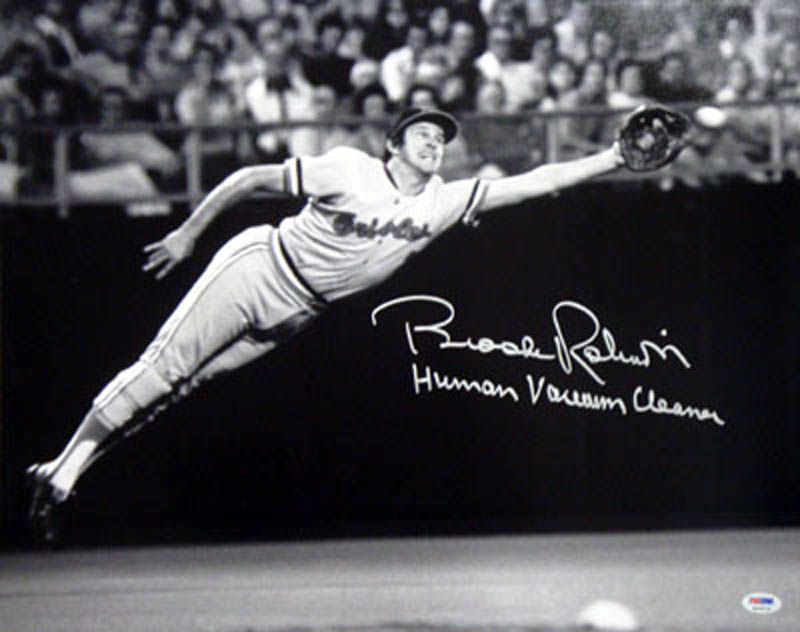 Image 1 for Brooks Robinson - Autographed Signed Photograph - HFSID 291907