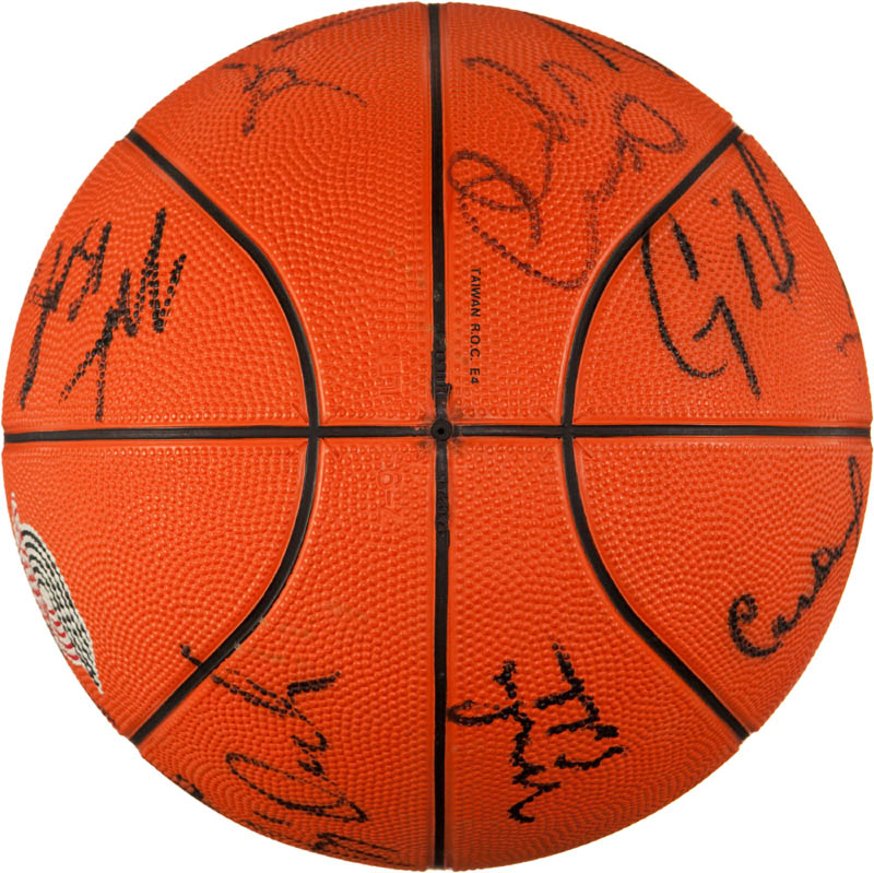 Image 6 for The Portland Trail Blazers - Basketball Signed with co-signers - HFSID 293087