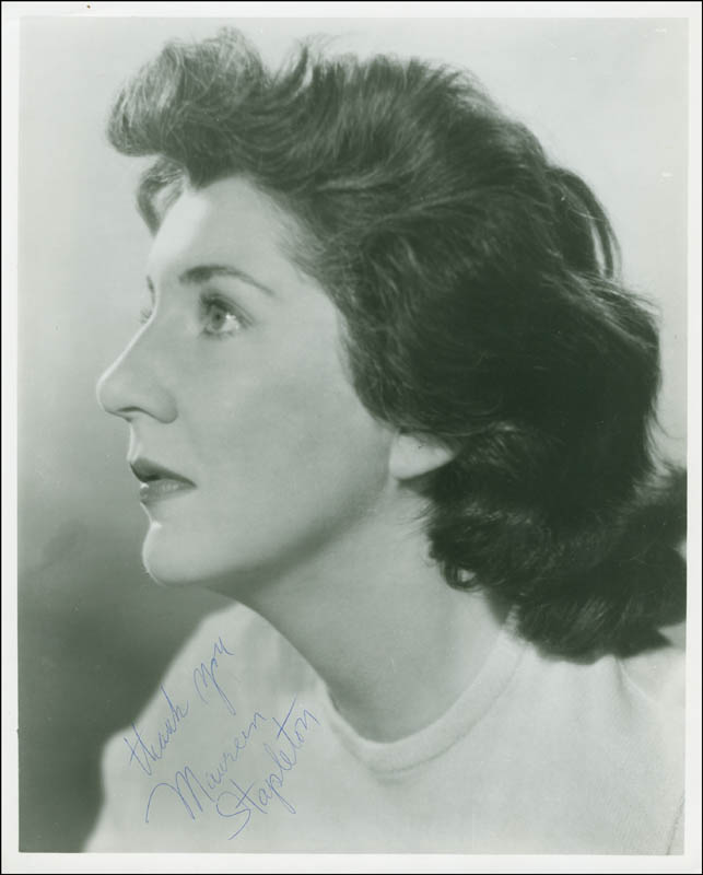 Image 1 for Maureen Stapleton - Autographed Signed Photograph - HFSID 293441